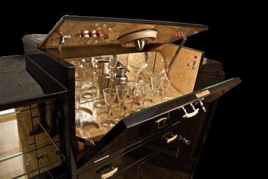 Originale Art Deco Möbel & Antiquitäten aus Frankreich und England